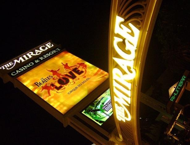 Luminoso anuncia show do Cirque du Soleil inspirado nos Beatles