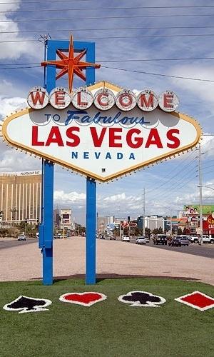 Placa de boas vindas aos turistas que chegam em Las Vegas, nos Estados Unidos