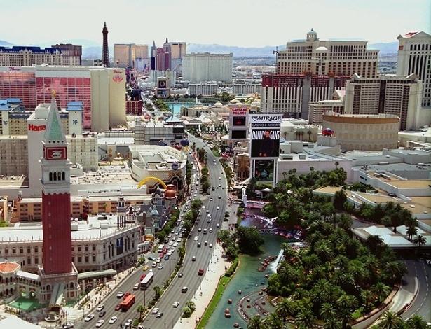 Vista aérea de Las Vegas com a The Strip ao centro