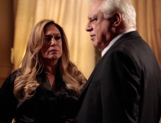 """Em """"Amor À Vida"""", Pilar fala em divórcio com César"""