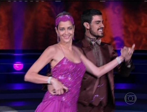 21.jul.2013 - A modelo Ana Beatriz Barros foi a segunda a se apresentar e dançou com o bailarino Rodrigo Ramalho