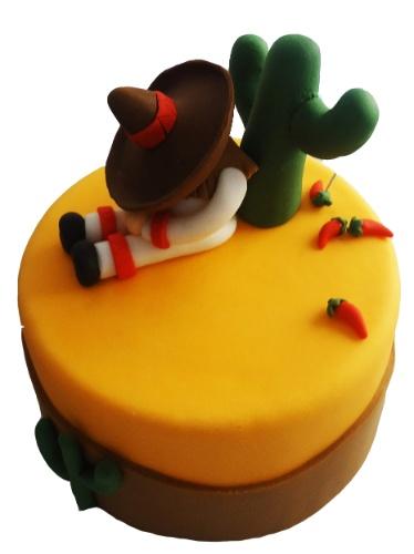 Pri Paixão (www.blogpripaixao.blogspot.com.br) assina este bolo que faz menção ao México, com direito a um mexicano tirando uma pestana encostado em um cactos