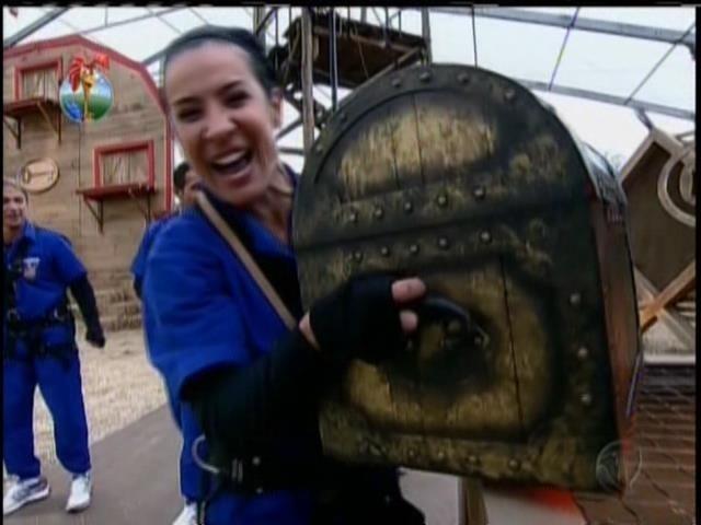 24.jul.2013 - Scheila Carvalho vence a prova da chave da semana