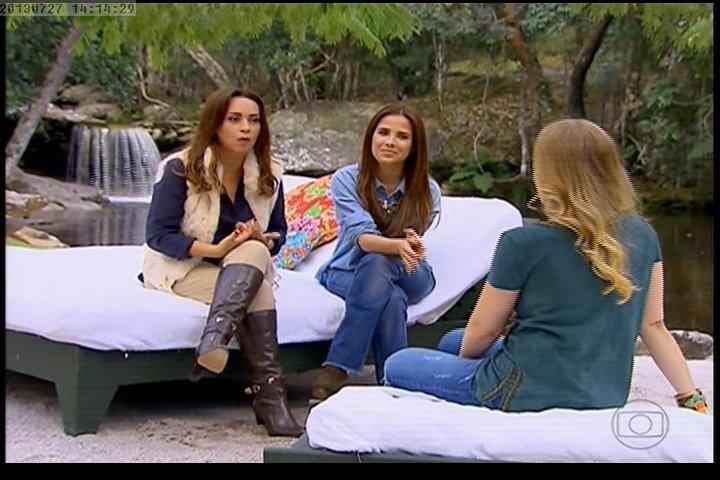 27.jul.2013 - Wanessa e Suzana Pires participam do Estrelas