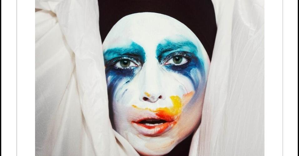 28.jul.2013 - Lady Gaga divulga capa do single