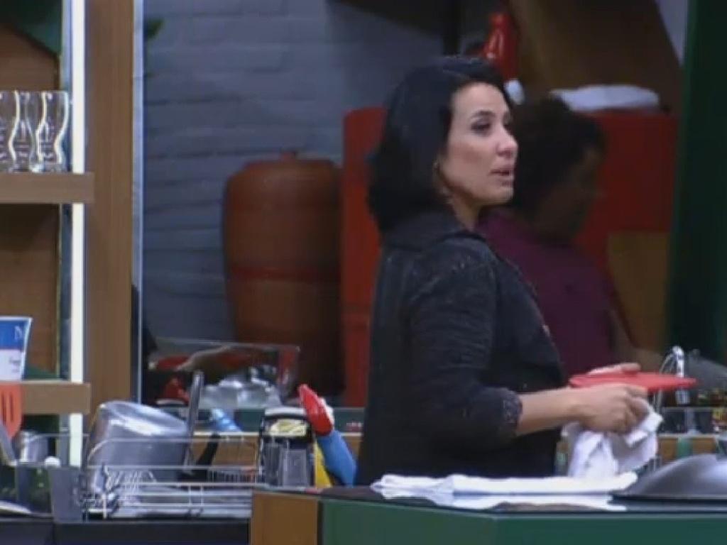 28.jul.2013 - Scheila Carvalho diz que indicar duas pessoas do grupo avestruz seria covardia