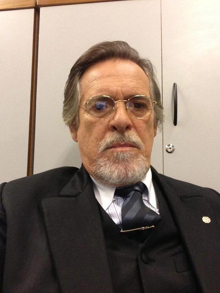 """Depois do Nilo de """"Avenida Brasil"""", o ator José de Abreu será o dono de uma joalheria Ernest Hauser, um vilão nazista na nova novela das seis, """"Joia Rara"""""""