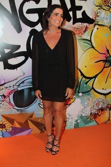 Malu Mader Mader encanta com sua beleza e elegância aos 46 anos