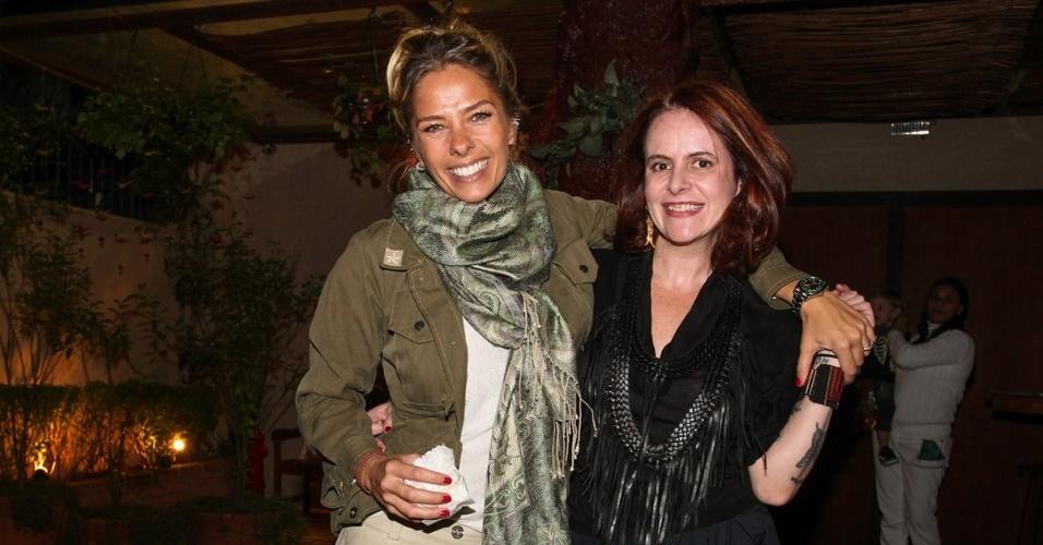 30.jul.2013 - Adriane Galisteu e Fernanda Young prestigiaram o aniversário de cinco anos de Gabriel, filho de Astrid Fontenelle. O evento aconteceu em São Paulo e teve como tema o filme