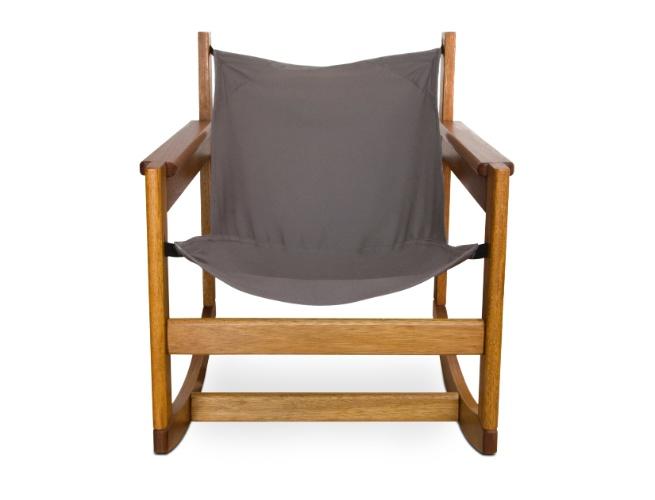 A poltrona Pelicano de Balanço, assinada pelo designer Michel Arnoult, tem estrutura de madeira e mede 60 cm por 67 cm por 73 cm. A peça está à venda na Futon Company (www.futon-company.com.br) por R$ 1.085 I Preços pesquisados em julho de 2013 e sujeitos a alterações