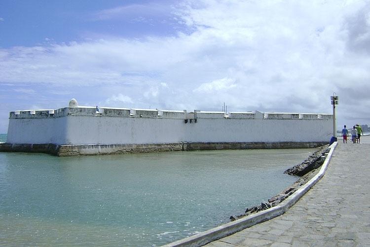 Em Natal, o Forte dos Reis Magos foi palco de batalhas entre portugueses e holandeses no Brasil Colônia
