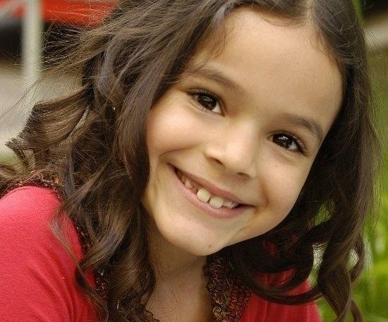 Bruna Marquezine apareceu na Globo pela primeira vez em 1999, no programa