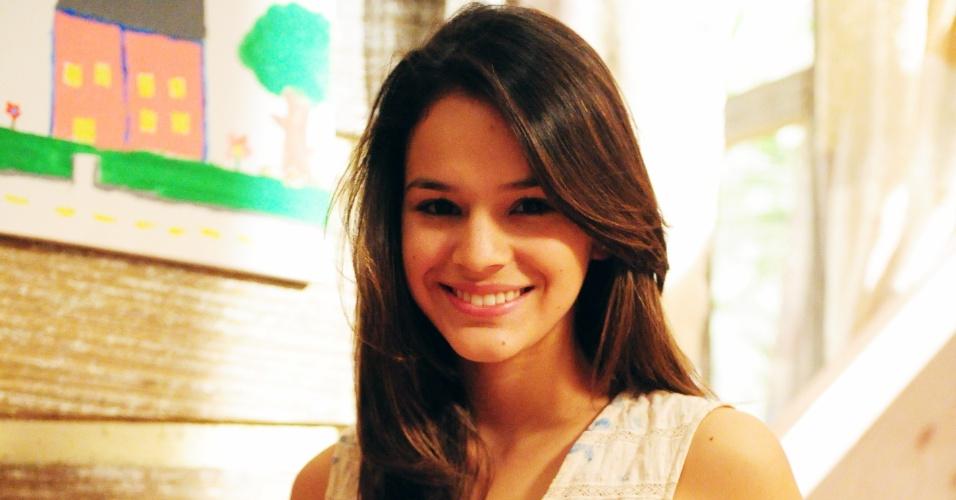 """Bruna Marquezine interpretou a personagem Terezinha em """"Araguaia"""", novela exibida em 2010 na Globo"""