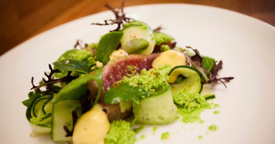 Feito à base de atum servido no restaurante Le Pantruche, em Paris