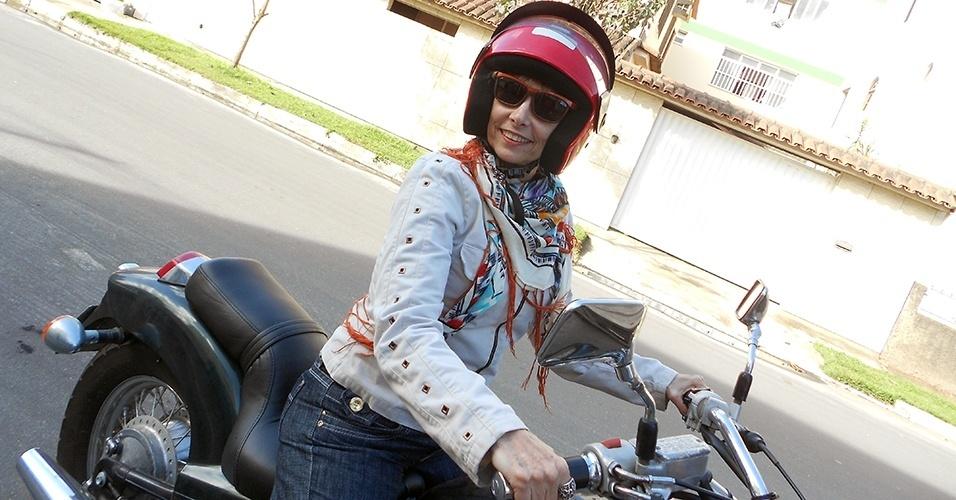 Márcia Ferraz, uma das primeiras motociclistas do Rio de Janeiro, pretende comprar uma big trail para viajar
