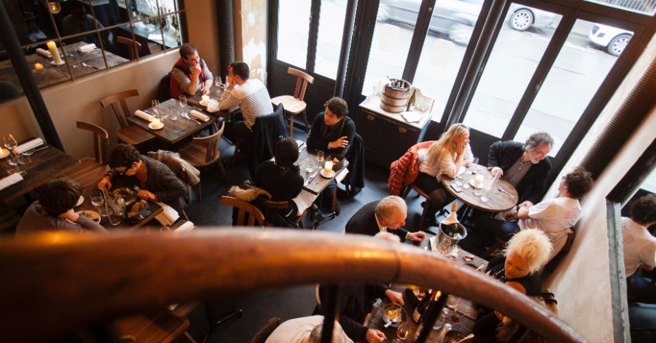 Os cardápios do Septime, em Paris, mudam diariamente. No local, experimente o aspargo branco com molho de enchova ou o peito de pato defumado e ricota e choco com batata cremosa