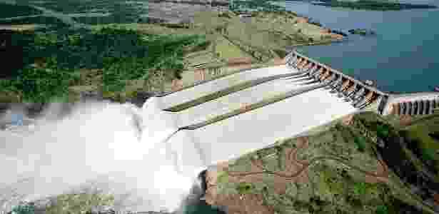 A usina hidrelétrica de Itaipu - Divulgação