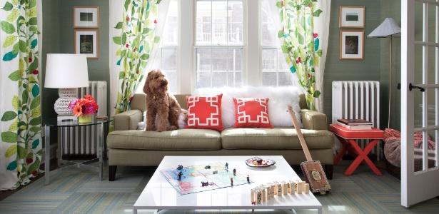 O primeiro item de decoração comprado por Elizabeth Foy Larsen para a casa foi o papel de parede - Ryann Ford/ The New York Times