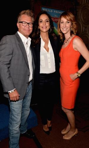 """5.ago.2013 - Ivete Sangalo com Klay Hall (diretor) e Traci Balthazor-Flynn (produtora) na première mundial de """"Aviões"""" em Los Angeles"""