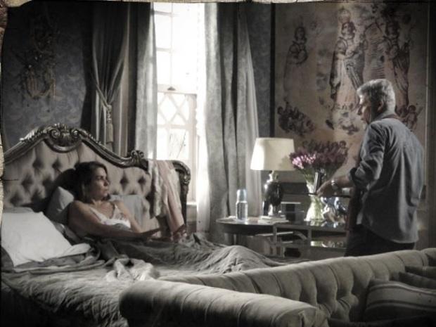 """Em """"Saramandaia"""", Helena pede a separação de Zico"""