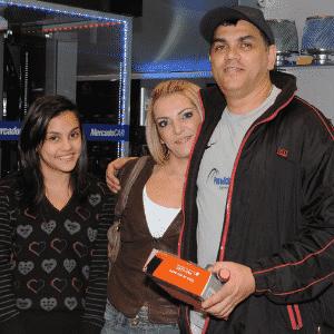 MercadoCar: Milton Pereira de Oliveira, Patrícia Vila de Oliveira e Caroline Vila de Oliveira - Murilo Góes/UOL