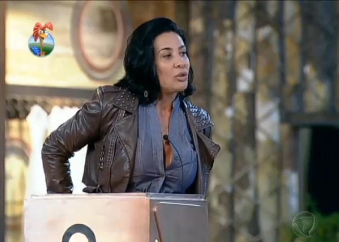 07.ago.2012 - Scheila Carvalho diz que não pagaria traição na mesma moeda