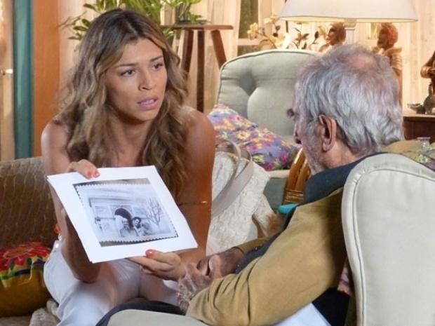 """Em """"Flor do Caribe"""", Ester descobre que Dionísio e Klaus Wagner são a mesma pessoa"""