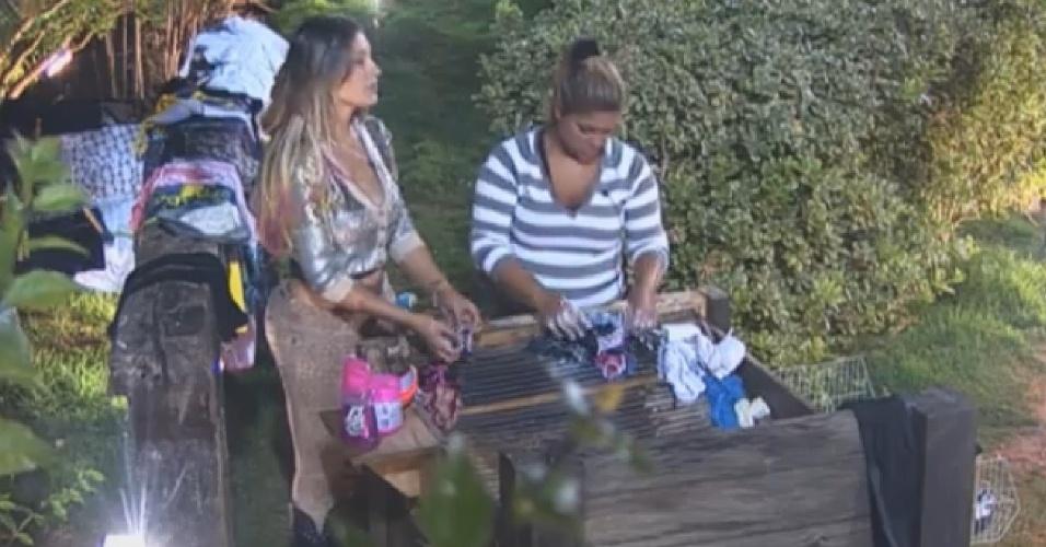 10.ago.2013 - Andressa conta para Mulher Filé o motivo pelo qual indicou Bárbara à roça