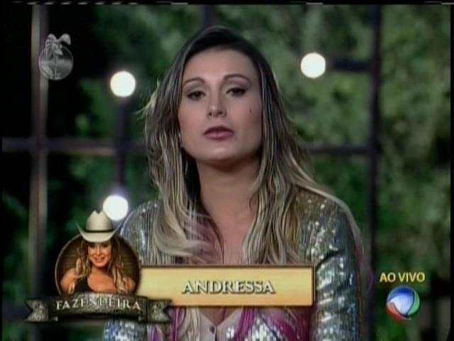 10.ago.2013 - Andressa indica Bárbara para roça e surpreende peões