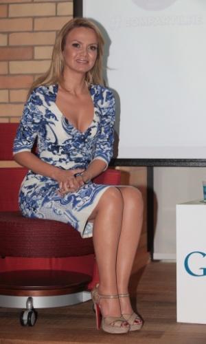 """12.ago.2013 - A apresentadora Eliana anuncia parceria inédita do """"Programa da Eliana"""" com o Youtube durante entrevista na sede do Google, em São Paulo. Neste mês, Eliana comemora 25 anos de carreira e quatro aniversário de seu programa no SBT"""