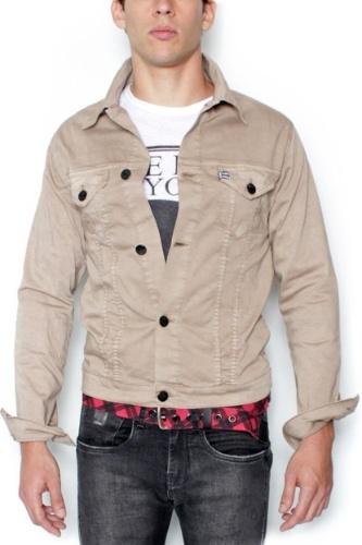 Caso a camiseta seja mais comprida do que a jaqueta defd97d48d2f0