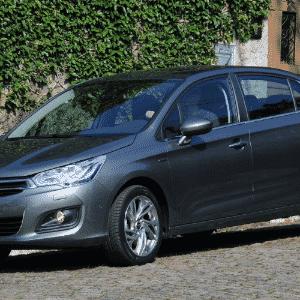 Citroën C4 Lounge THP - Murilo Góes/UOL