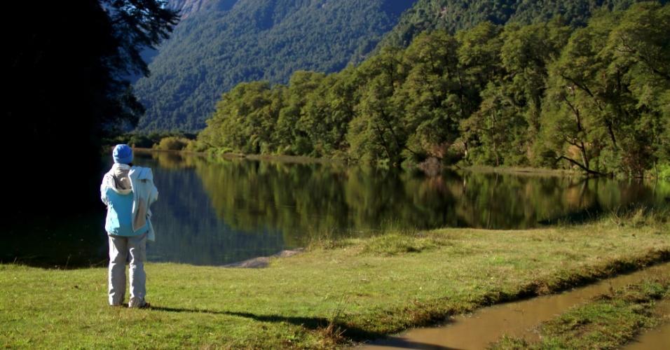 Com apenas 120 habitantes, o povoado de Peulla é uma das paradas mais pitorescas da travessia dos lagos localizados entre o Chile e a Argentina, uma viagem lacustre e terrestre que completa seu centenário, em 2013