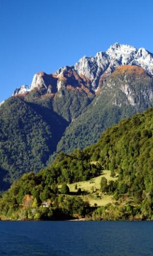 Conhecida como 'Travessia dos Lagos', a viagem terrestre e lacustre entre o Chile e a Argentina começou em 1913 com Ricardo Roth, um suíço que encabeçava travessias para europeus interessados em desbravar terras ainda desconhecidas em território patagônico