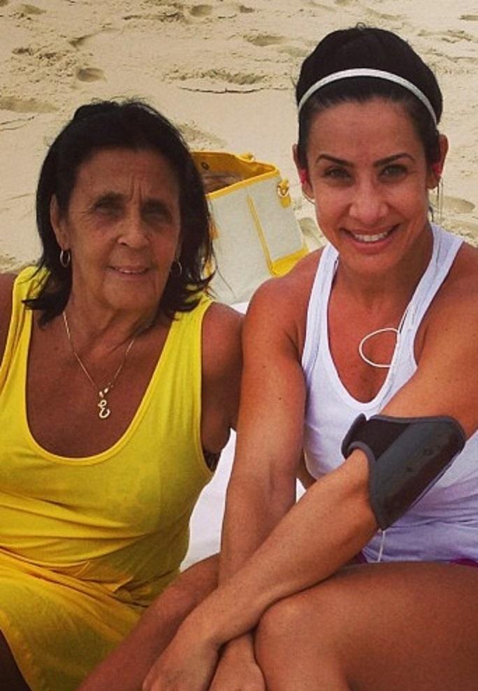Eunice e a filha, Scheila Carvalho