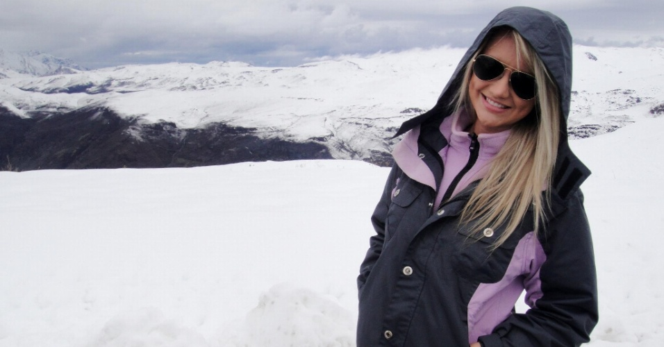 Nas redes sociais, a modelo Ana Paula Siebert  os lugares que conheceu durante viagens