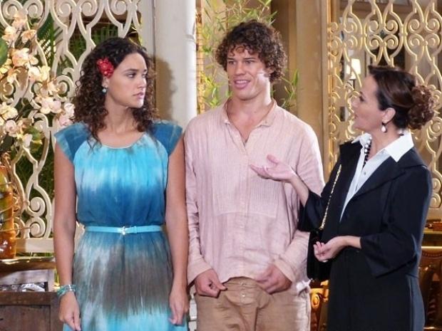 """Em """"Flor do Caribe"""", Guiomar conta a jornalistas que Candinho é filho de Dionísio"""