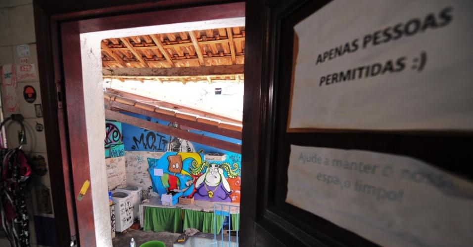 16.ago.2013 - Sede do coletivo Fora do Eixo em São Paulo