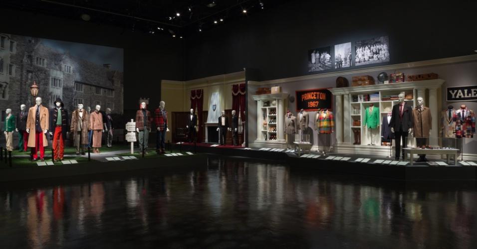 Considerado o único em Nova York dedicado ao assunto, o FIT (Fashion Institute of Technology) abriga um acervo com mais de 50 mil peças de vestuário e acessórios desde o século 18 até os dias atuais
