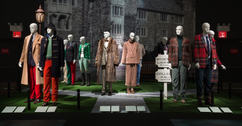 Fundado em 1969, o FIT (Fashion Institute of Technology) tem a moda como sua principal temática, com destaque para peças desenhadas no século 20, e abriga suas obras em manequins espalhados pelo museu, em Nova York