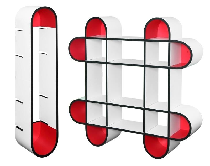 A estante de modular Nuvem Leve foi projetada pelo estudante Wilson Harada, da Universidade Estadual de Londrina (UEL). A peça possui pontas coloridas em vermelho e foi uma das finalistas do Salão Design 2013, na modalidade Estudante, categoria Móveis para Salas de Jantar e Estar