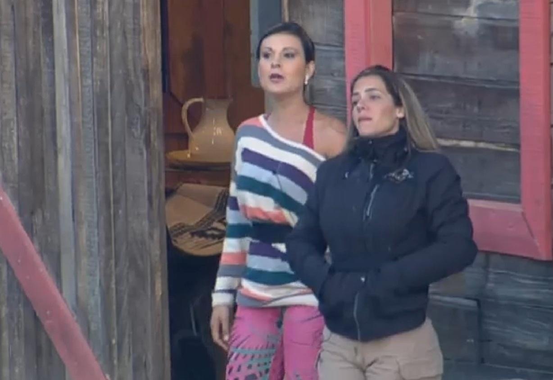 21.ago.2013 - Andressa se junta a Denise e provocam Beto Malfacini na manhã desta quarta-feira