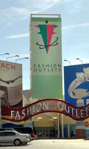 O Fashion Outlet of Las Vegas é uma boa opção para quem busca roupas de estilistas famosos, já que lá é possível obter peças com 75% de desconto