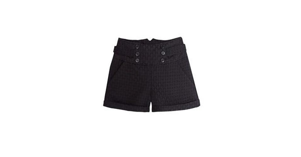 Short preto de cintura alta; R$ 87,96, na TVZ (www.tvz.com.br). Preço pesquisado em agosto de 2013 e sujeito a alterações