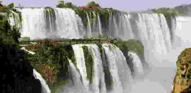 Vista do Parque Nacional do Iguaçu, em Foz do Iguaçu, no Paraná - Secretaria de Turismo de Foz do Iguaçu/Divulgação