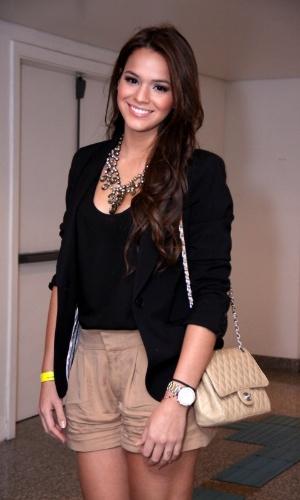 23.ago.2013 - Bruna Marquezine vai o show de Thiaguinho no Citibank Hall, na Barra da Tijuca, Rio de Janeiro