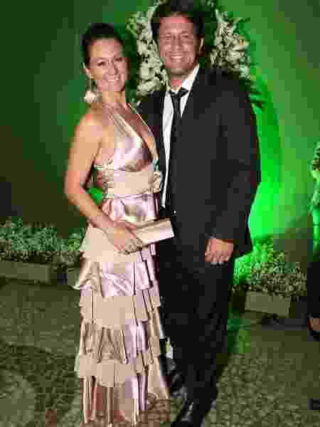 24.ago.2013 - O ator Mário Frias com a mulher, Juliana - Manuela Scarpa/Foto Rio News