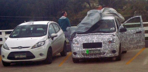 Unidade do substituto do Ka é flagrada ao lado de um New Fiesta mexicano: Ford se mexe - Anderson Lima/UOL