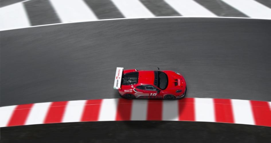 O Dream Racing é uma das experiências disponíveis para quem visita Las Vegas, onde é possível dirigir carros de corrida fabricados pela Ferrari