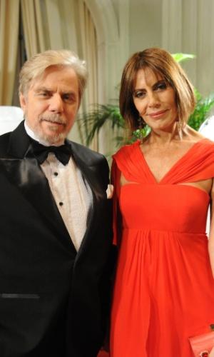 """2011 - Com Mila Moreira durante gravação da novela """"O Astro"""" em que viveu o personagem Adolfo Mello"""